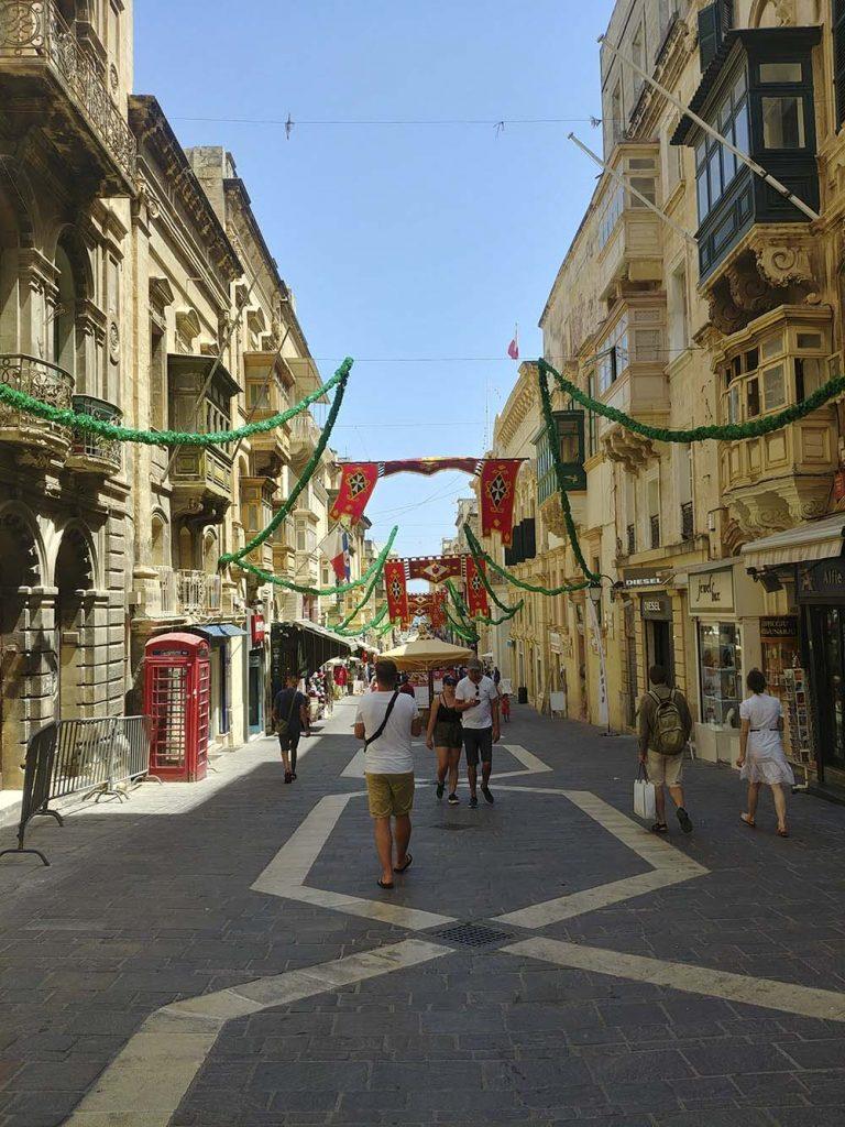 Valletta ulice miasta Malta blog