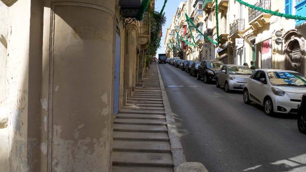 Ulice Valletty Malta stolica blog i podróże na własną rękę