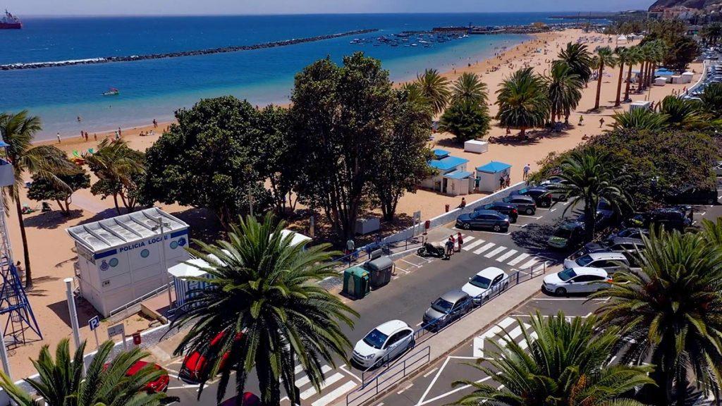 Plaże na Teneryfie Playa de las Teresitas
