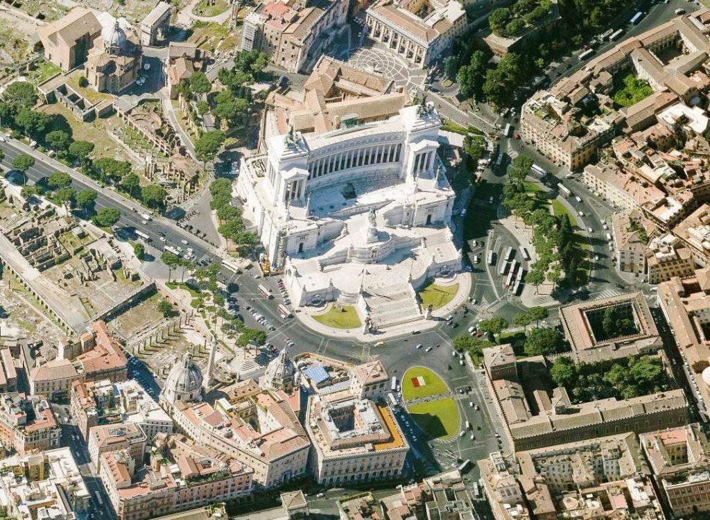 Rzym Plac Wenecki atrakcje Rzymu