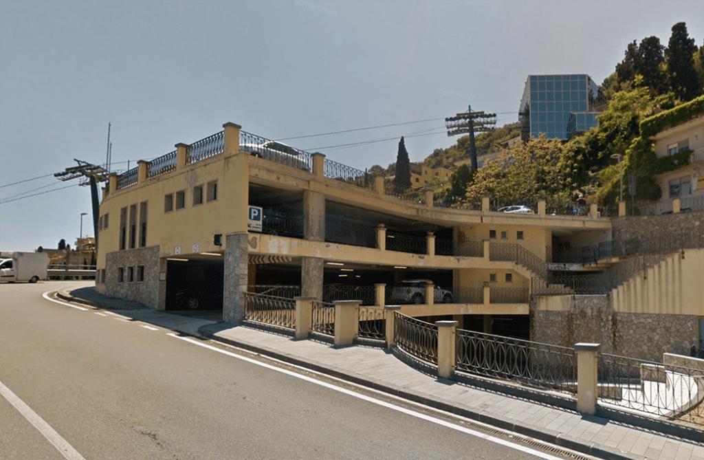 Taormina parking