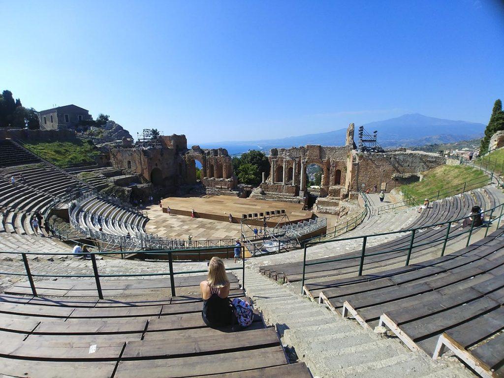 Antyczny teatr grecki w Taorminie Sycylia