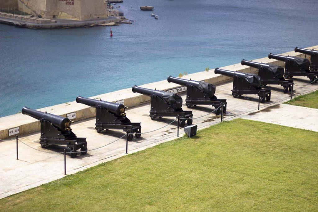 Malta Valletta Górne Ogrody Barracka atrakcje Malty