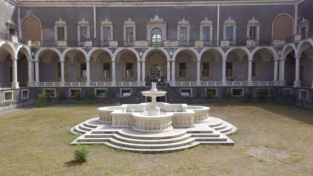 Katania, wnętrze Klasztoru Benedyktynów