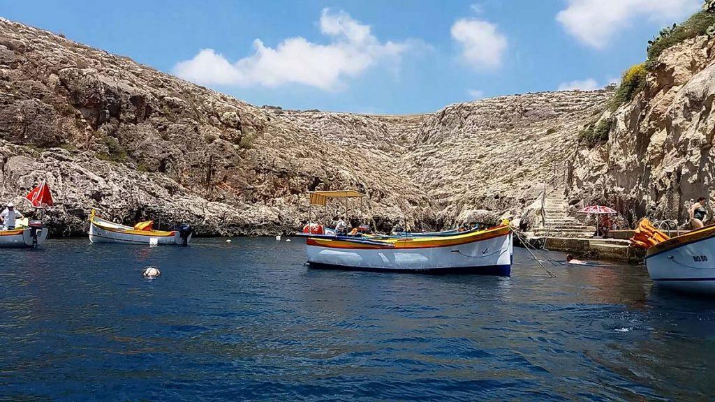 Malta atrakcje Blue Grotto co zwiedzić na Malcie