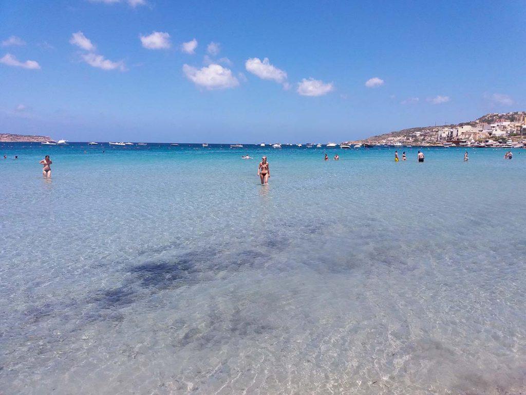 Malta piaszczyste plaże Mellieha Bay
