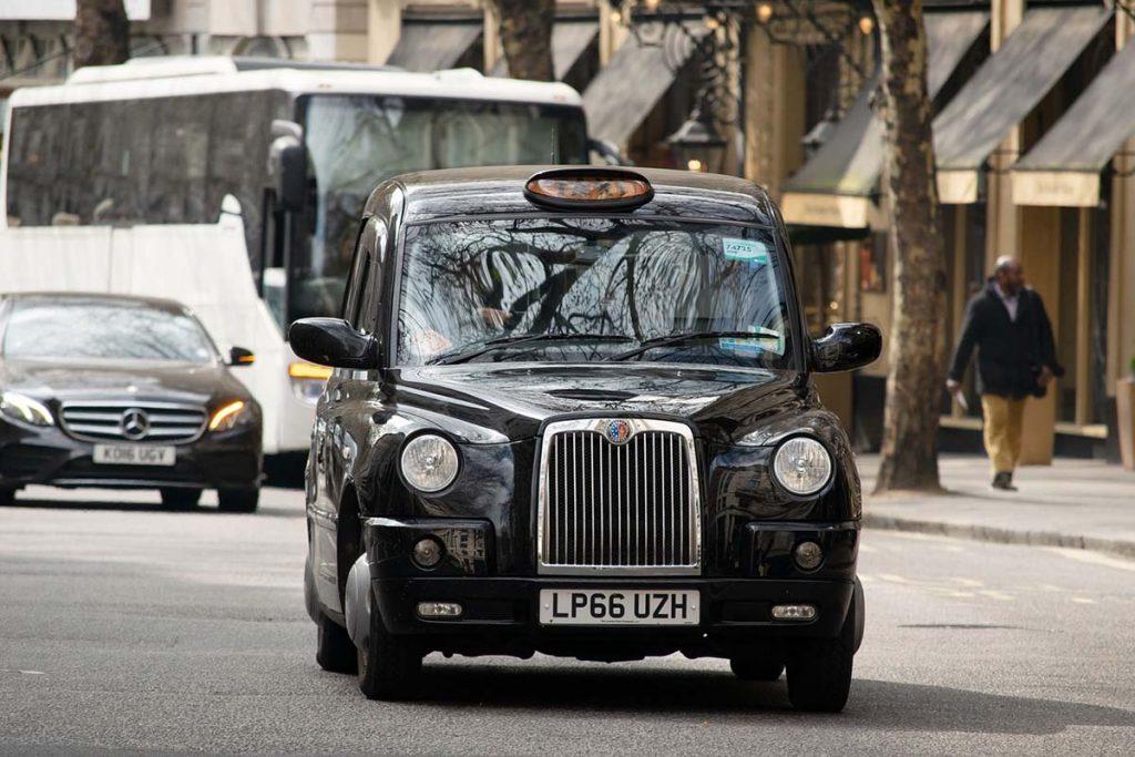 Londyn transport z lotniska Stansted taksówką