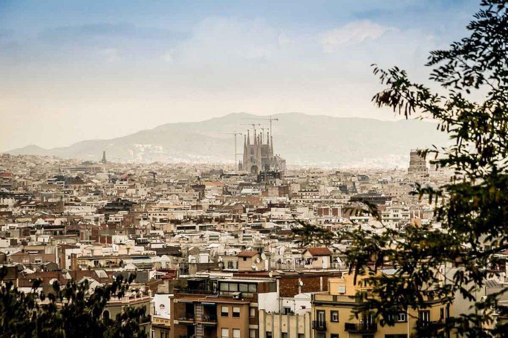 Tanie noclegi w Barcelonie
