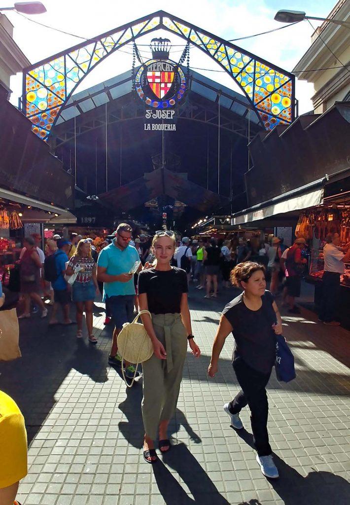 La Boqueria Market w Barcelonie miejsca które warto zobaczyć