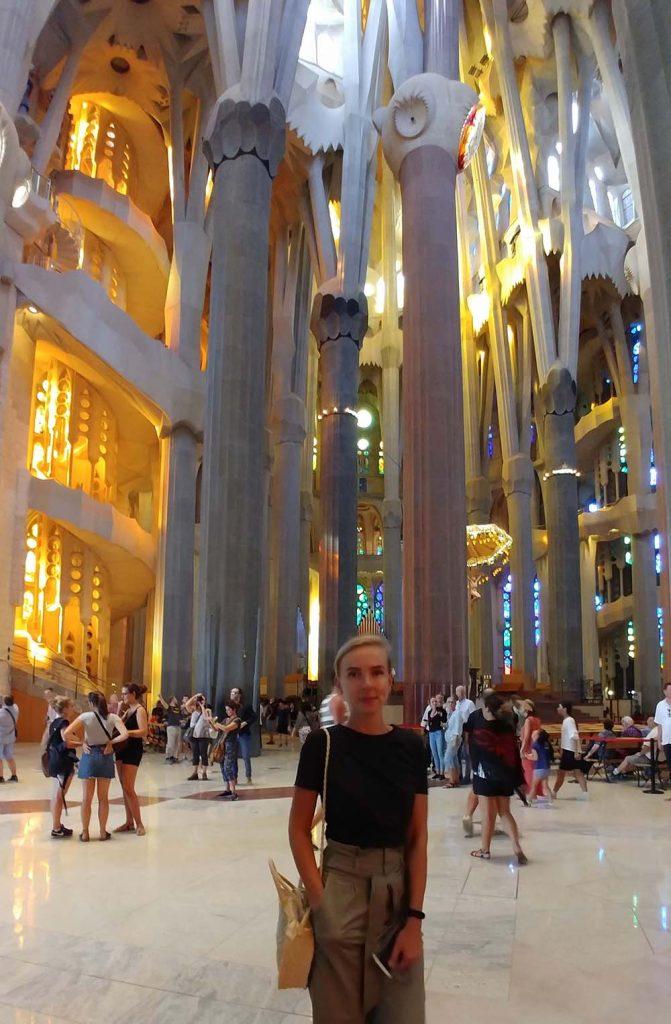 Piękna Sagrada Familia w Barcelonie - jedna z większych atrakcji miasta