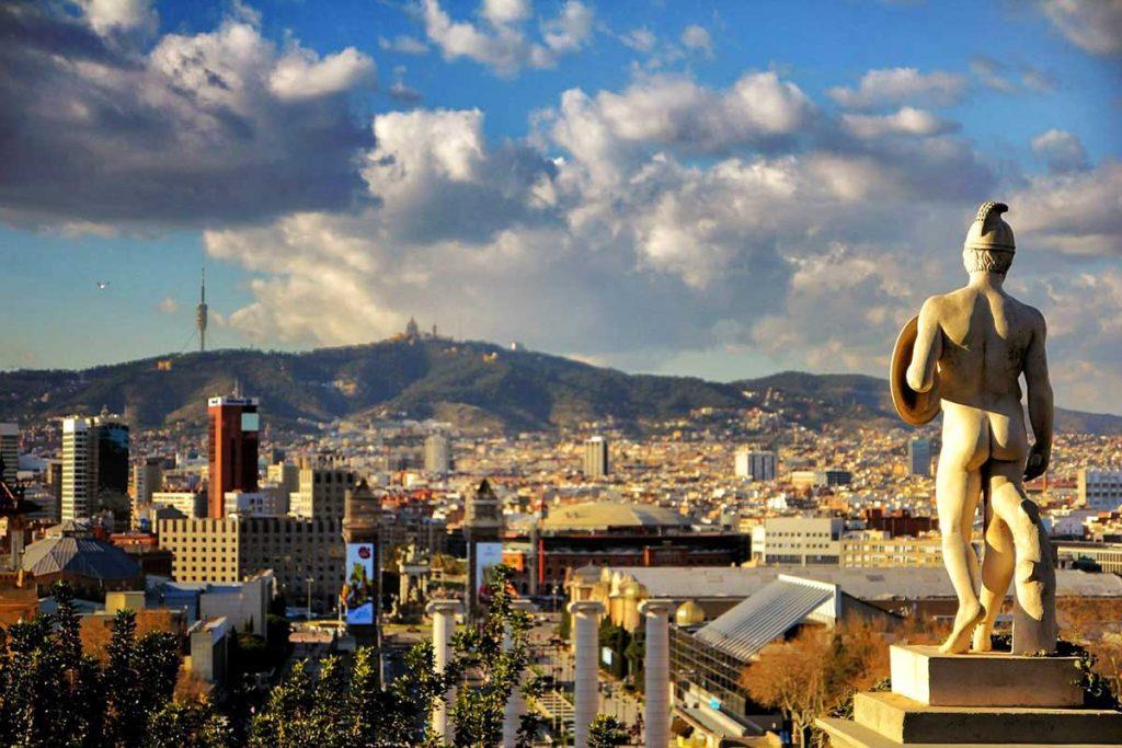 Barcelona zwiedzanie miasta podczas city break