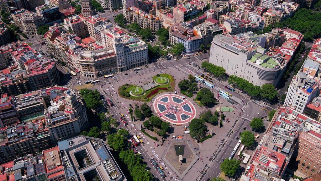 Plac Kataloński w Barcelonie co warto zwiedzić