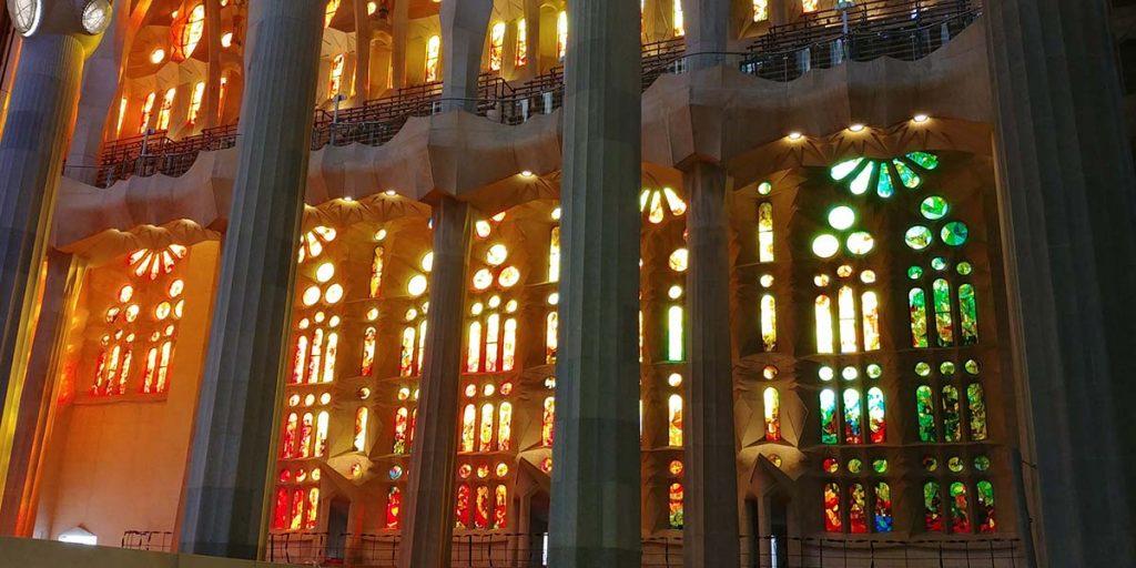 Barcelona co zobaczyć Sagrada Familia od środka