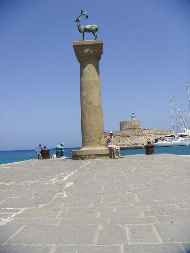 Rodos port jelonki Grecja miejsce gdzie stał Kolos Rodyjski