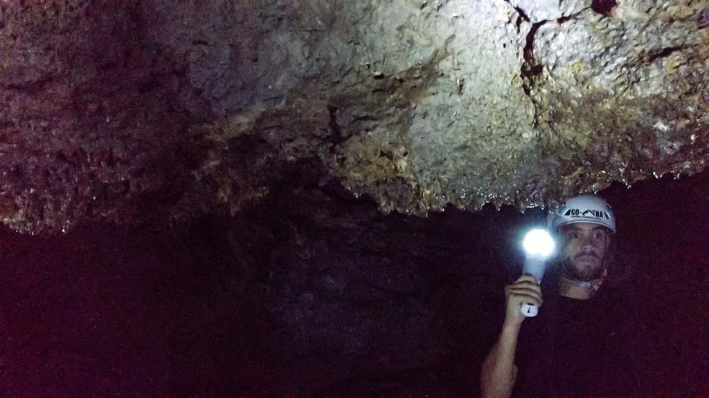 Wulkan Etna jaskinie lawowe zwiedzanie blog podróżniczy Sycylia