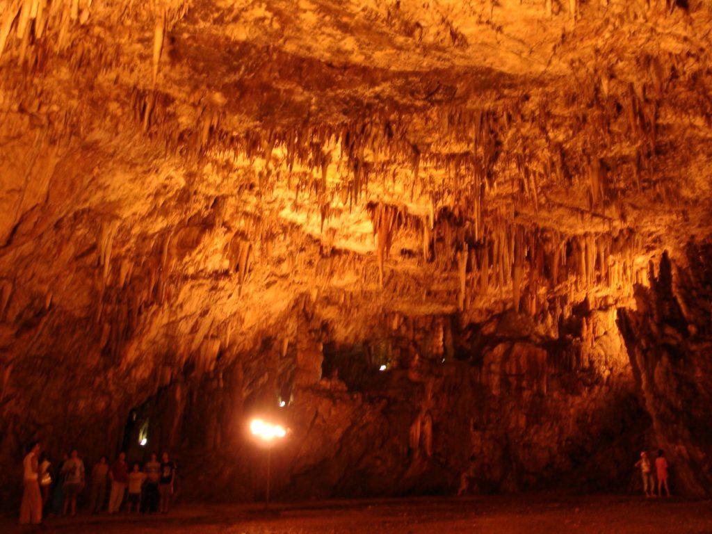 drogarati jaskinia kefalonia atrakcje grecja greckie wyspy
