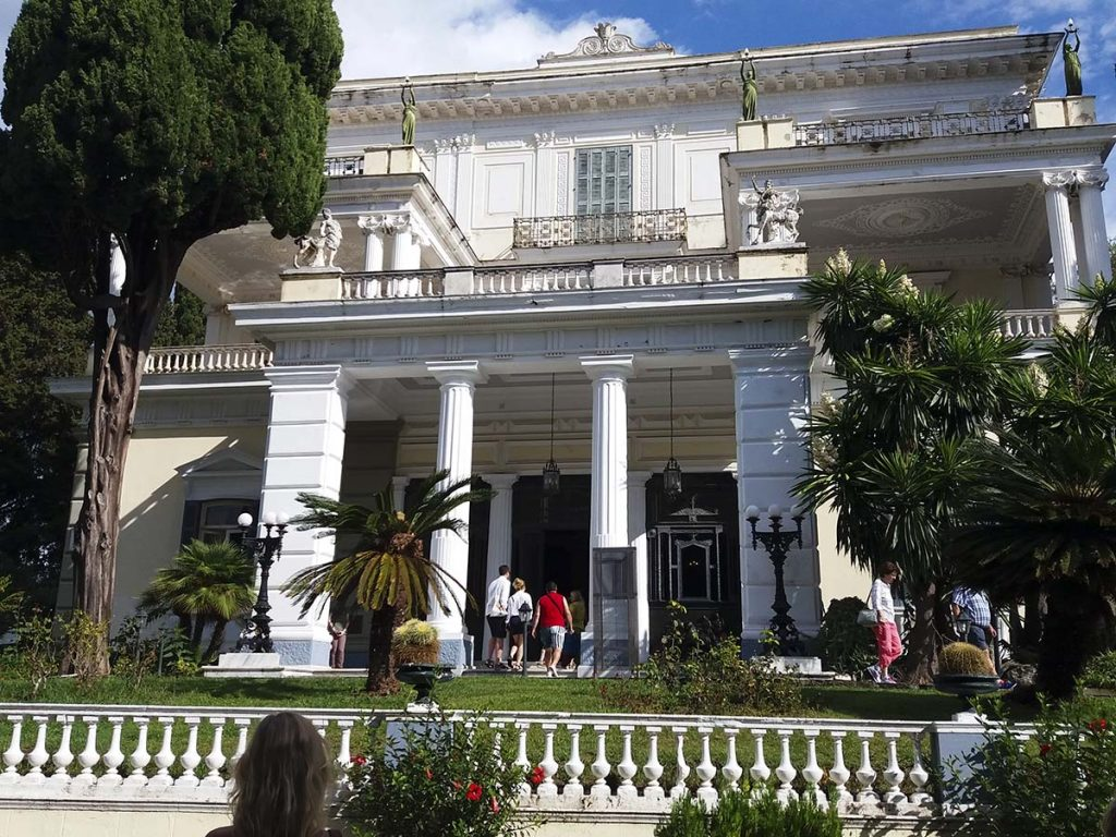 palac sisi korfu greckie wyspy greckie wyspy