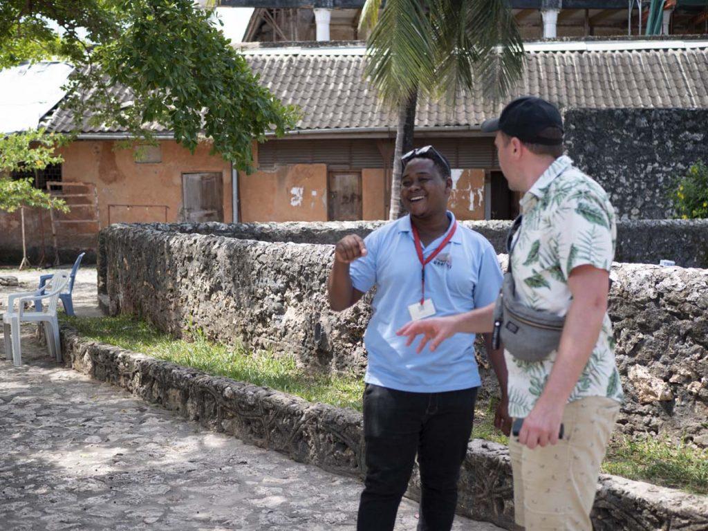 Zanzibar Stone Town co warto zobaczyć zwiedzanie miasta z przewodnikiem