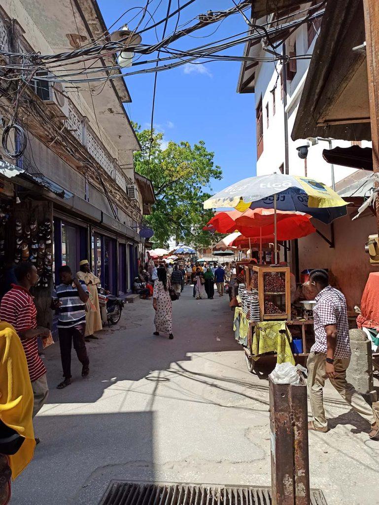 Zanzibar czy trzeba nosić maseczki i obostrzenia na Zanzibarze
