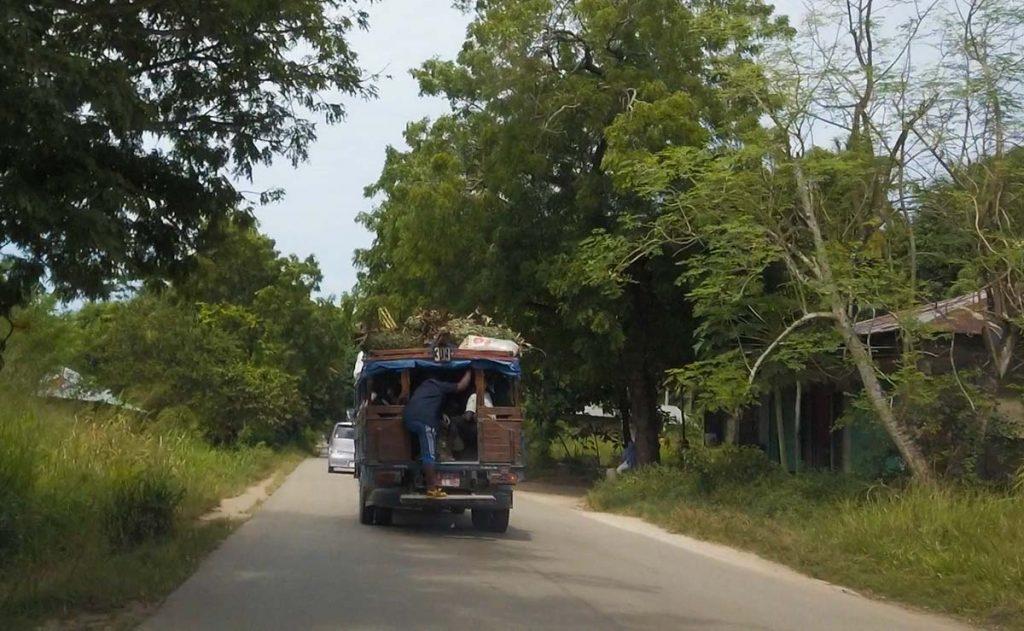 Zanzibar transport po wyspie Dala Dala