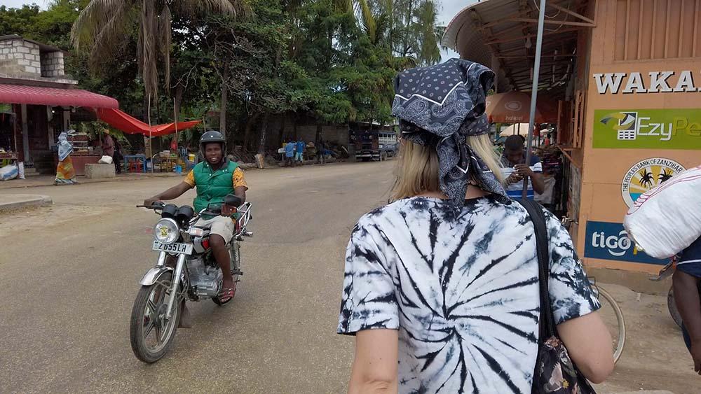 Zanzibar ceny transportu Boda Boda czyli lokalne taxi motorem