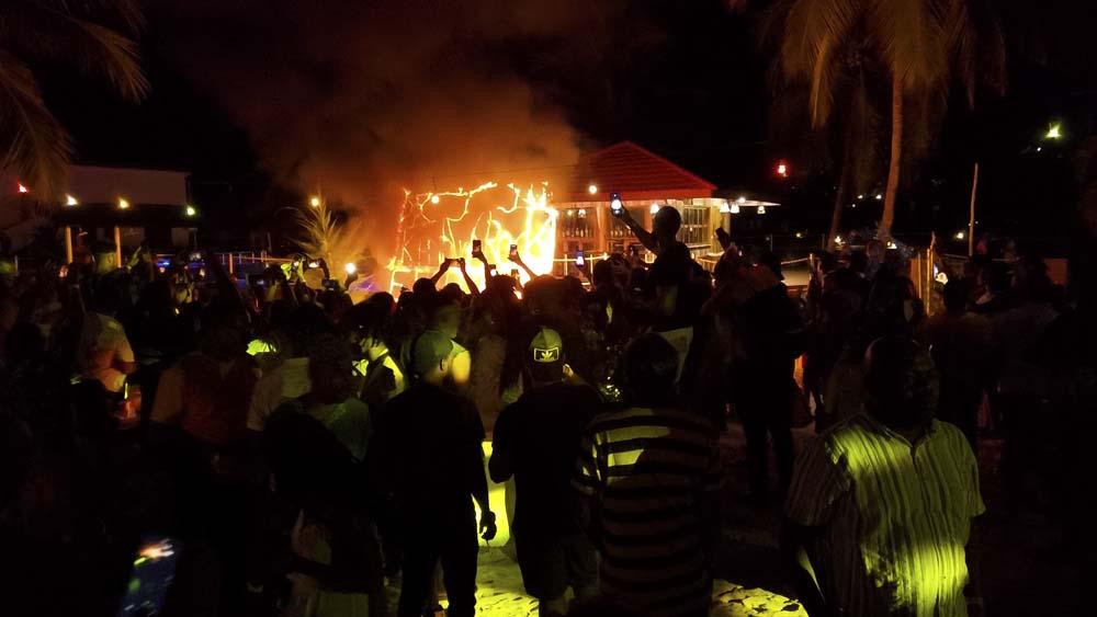 Zanzibar imprezy atrakcje Full Moon Party